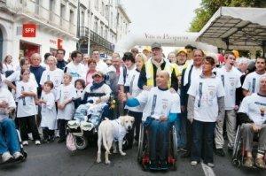 Blog de cdhd24 : COMITE DEPARTEMENTAL HANDISPORT DORDOGNE, Course de l'Amitié du 09/10/11 à Périgueux